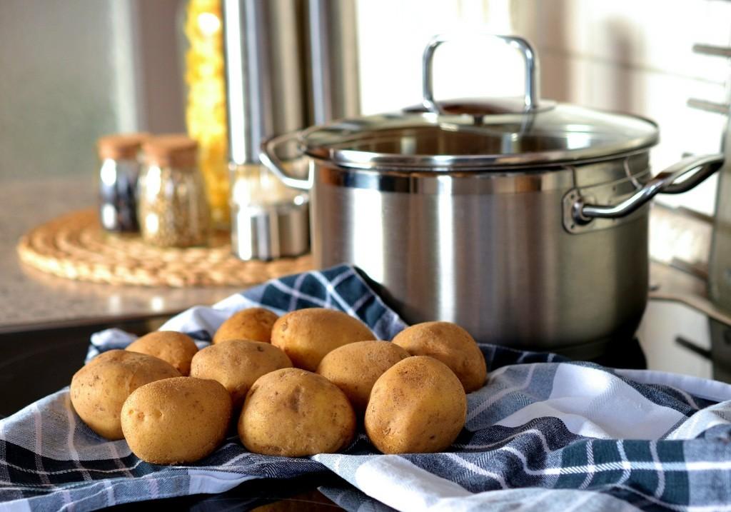 potato-544073_1920-1024x717