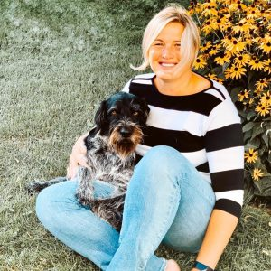 Claudia Trummer mit Hund